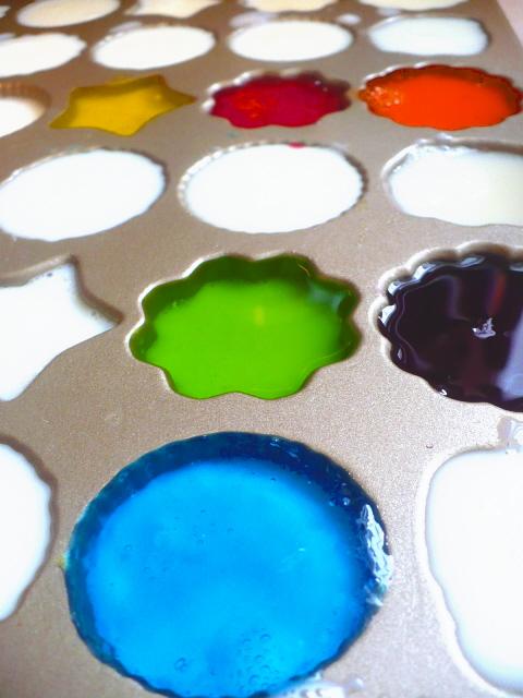 Rainbow jello molds
