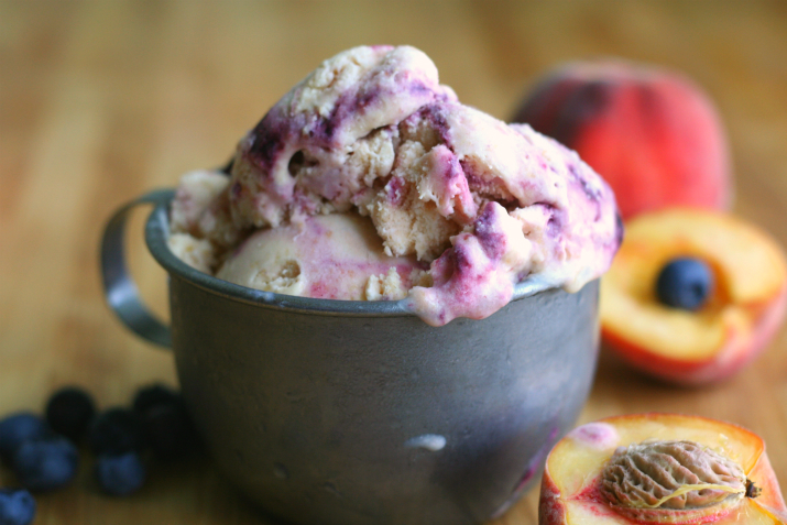 Blueberry Peach Cobbler Ice Cream - Clockwork Lemon