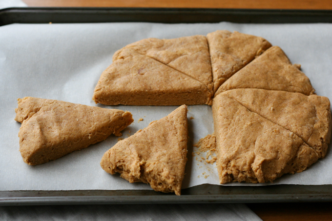Pumpkin Scones with Cinnamon Butter {Clockwork Lemon}-10