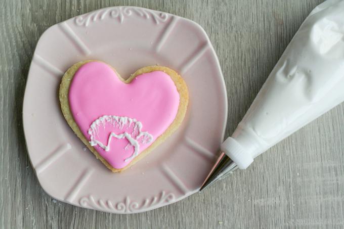 Brush Embroidery Sugar Cookies-14